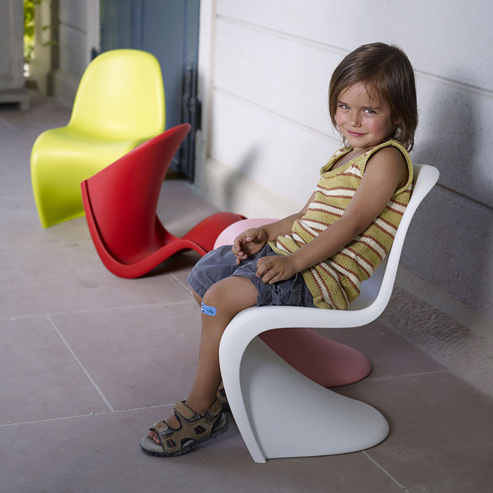 top3 by design vitra panton junior seat white. Black Bedroom Furniture Sets. Home Design Ideas