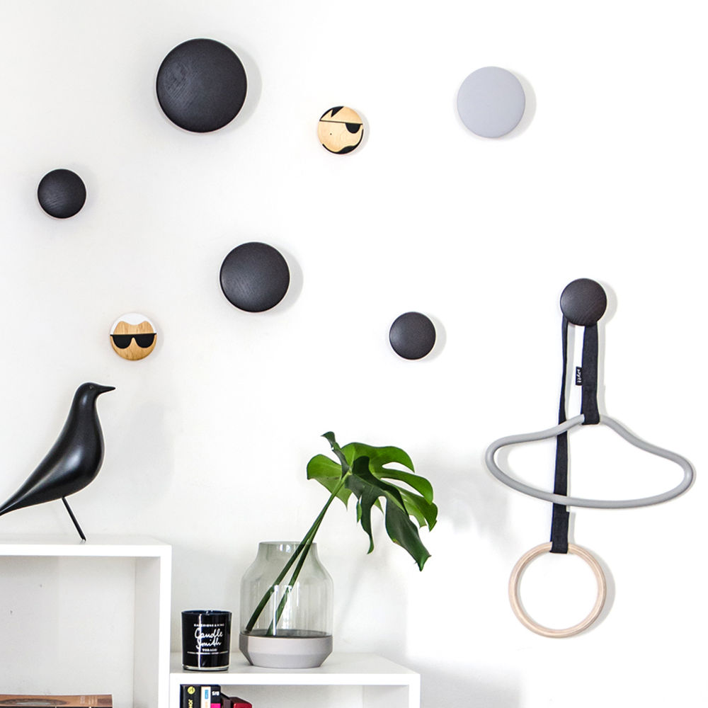 top3 by design muuto new nordic muuto the dots coat. Black Bedroom Furniture Sets. Home Design Ideas