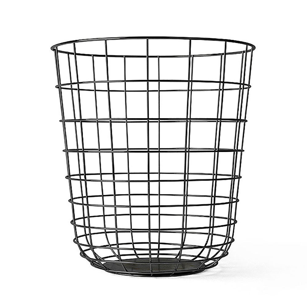 Clean up your space and keep it organized with this Wire Bin from Hearth & Hand™ with Magnolia. This square metal wire bin offers a chic way to store or display everything from hand towels to .
